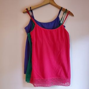 Aerie Girly Tank Lace Bottom Camisoles